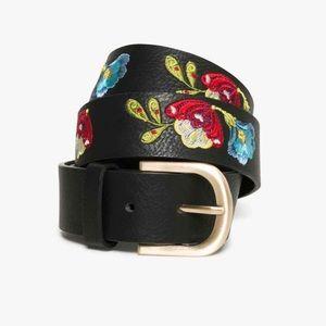 🆕 DESIGUAL Floral Embroidered Caribou Belt